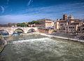 Isola Tiberina San Bartolomeo all Isola Roma HDR 2013 03 b.jpg