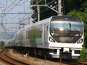 Shinonoi Line - Image: JRE E257 1