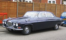 Jaguar 420 G Built 1966 Regd 1967 in Old Harlow.JPG