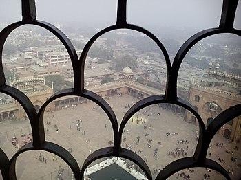 Jama masjid minaret view.jpg
