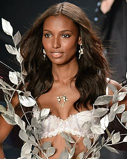 Jasmine Tookes at the 2014 Victoria's Secret Fashion Show (cropped).jpg