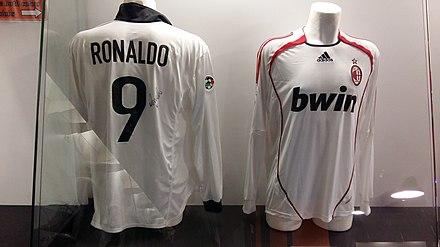 3bd6f58ce Ronaldo s Inter Milan away jersey (left) and A.C. Milan away jersey (right)