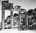 Jewish Brigade soldiers at an archaeological site in Benghazi area 1943-1944 a.jpg