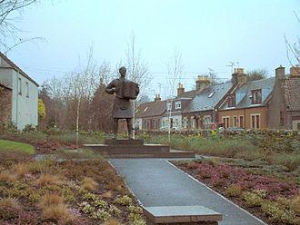Auchtermuchty - Statue of Jimmy Shand in Auchtermuchty