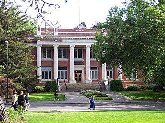 University of Oregon - Johnson Hall