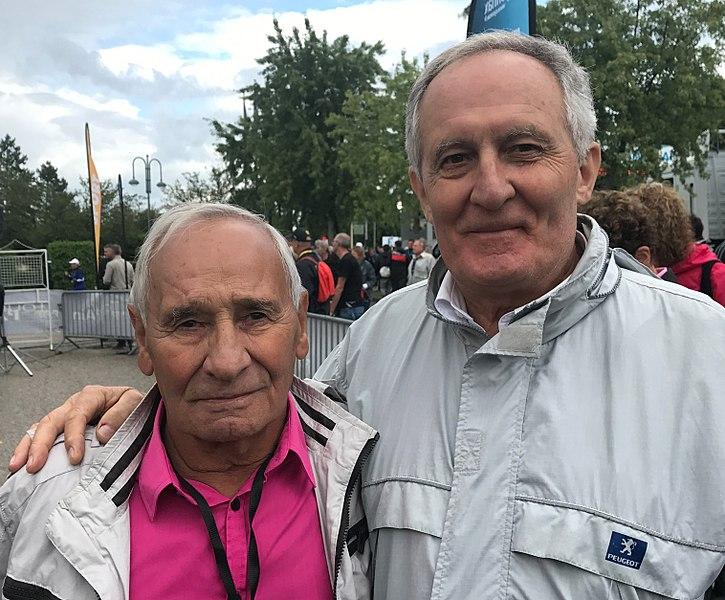 Les deux anciens coureurs cyclistes Joseph Carrara et Jean Dumont en 2017.