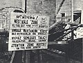 KL Warschau - multilingual warning sign.jpg