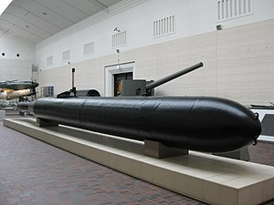 Kaiten Type 1 on display at the Yūshūkan in October 2008.JPG