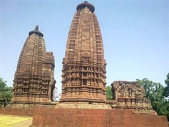 Kalachuris of Tripuri - The Karan temple at Amarkantak, built by Lakshmikarna