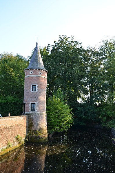 Tower of Kasteel Solhof, a castle on the Baron van Ertbornstraat, Aartselaar. It currently hosts a hotel and is also a monument on the Flemish heritage list (number 12419).