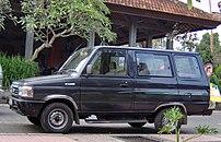 A late 1990s model Kijang KF42 in Indonesia.