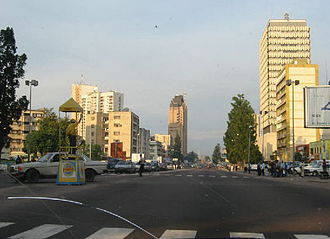 African French - Boulevard du 30 Juin in the commercial heart of Kinshasa
