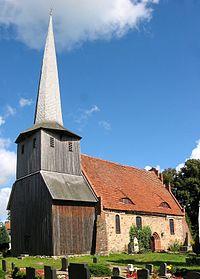 Kirche Suckow.jpg