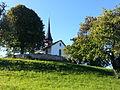 Kirchhügel und Kirchlein Zürich-Witikon.jpg