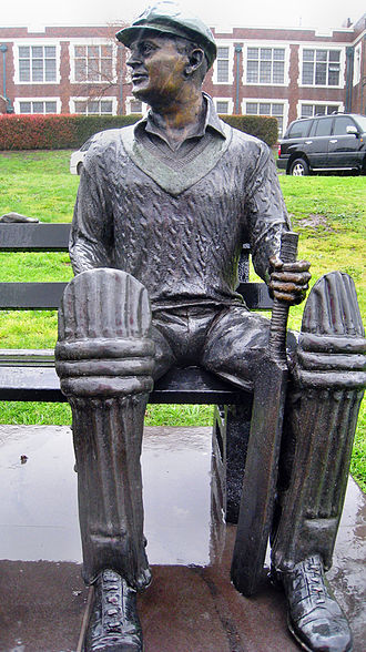 Bill Woodfull - Life-size bronze statue of Bill Woodfull outside Melbourne High School, by Linda Klarfeld