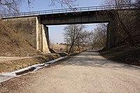 Královice (u Zlonic) - železniční viadukt trati 110 (2).jpg