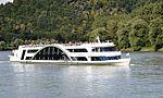 Kristallschiff - Donau -01.JPG