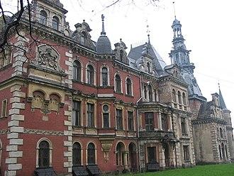 Henckel von Donnersmarck - Schloss Polnisch Krawarn (Polish: Pałac w krowiarkach)