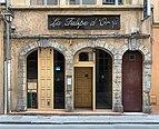 La Tulipe d'Or ancien bar à champagne Rue du Port du Temple (Lyon).jpg
