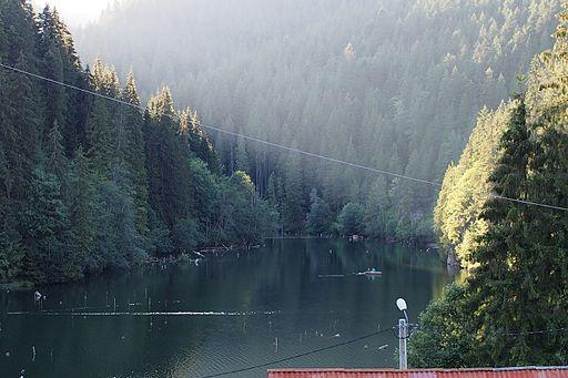 Lacul; Rosu, Romania