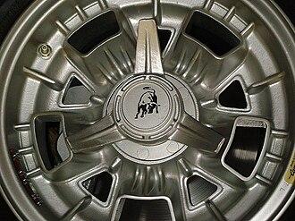 Campagnolo - Magnesium wheel of Lamborghini Espada made by Campagnolo.