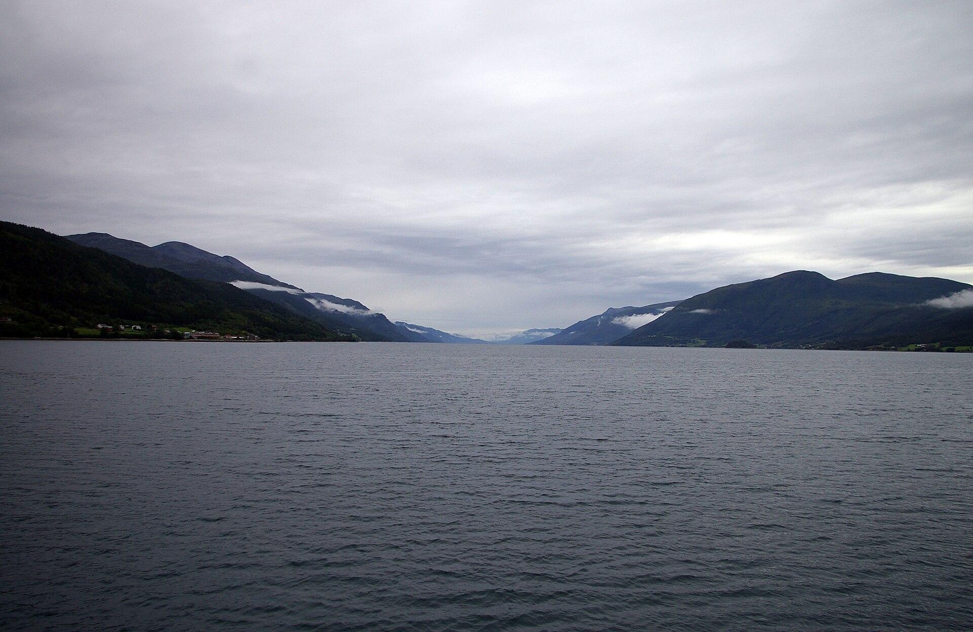 wiki Fjord og B%C%Altcentret