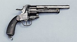 https://upload.wikimedia.org/wikipedia/commons/thumb/0/02/Le_Mat_Revolver.jpg/300px-Le_Mat_Revolver.jpg