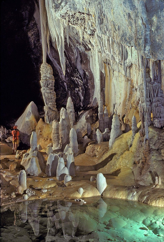 Lechuguilla Cave Pearlsian Gulf