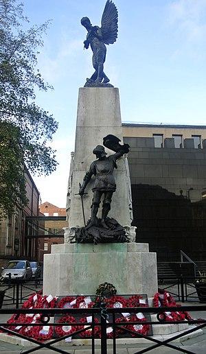 Leeds Pals - War memorial in Leeds