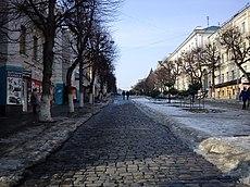 Lenina street (Oryol) in spring.JPG