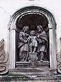 Letenská, klášter, sousoší nad portálem.jpg
