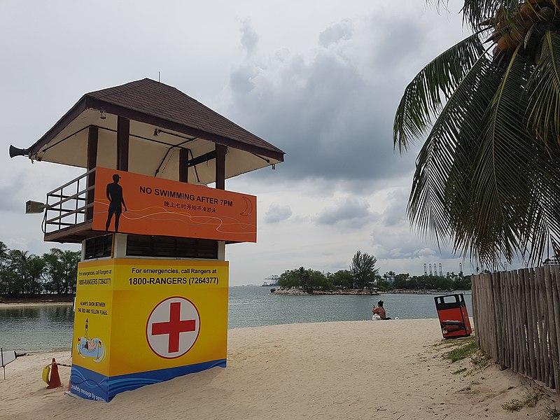 File:Lifeguard Stand at Sentosa Siloso Beach.jpg