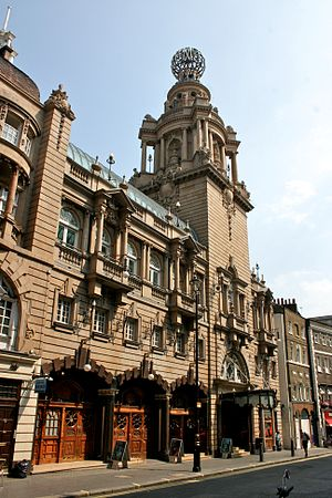 London Coliseum - London Coliseum in 2004