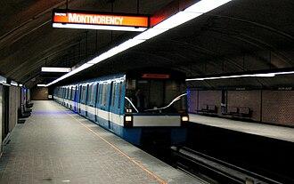 Orange Line (Montreal Metro) - Metro arriving at Lucien-L'Allier Station