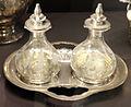Lucien bonvallet per maison cardeilhac, oliera con due boccette, parigi 1894-99.JPG
