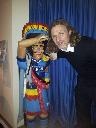 Gareth Ainsworth - Ainsworth at Wycombe Wanderers in 2011, with the Wycombe Comanche