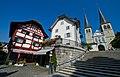 Luzern Stiftsbezirk im Hof1.jpg
