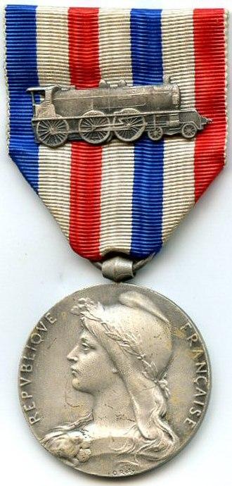 Honour medal of railroads - Honour medal for railroads in silver, 1913-1939 variant (obverse)