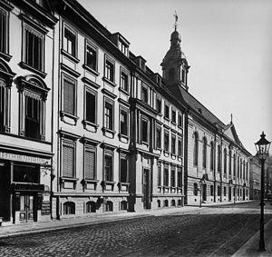Emil Frommel - Berlin's old Garrison Church in then Neue Friedrichstraße (now Anna-Louisa-Karsch-Str.), 1910.