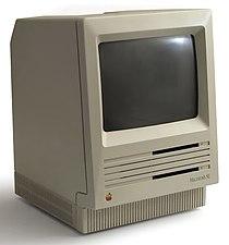 Macintosh SE b.jpg