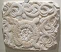 Maestranza lucchese, pluteo frammentario con decorazione fogliacea, da .s giustina, lu.JPG