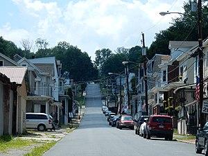 Mount Carbon, Pennsylvania - Image: Main St, Mount Carbon PA 01