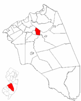 Eastampton Township highlighted in Burlington County. Inset map: Burlington County highlighted in the State of New Jersey.