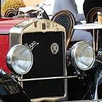 Mariánské Lázně, Hlavní třída, automobil Praga Piccolo (cropped).jpg