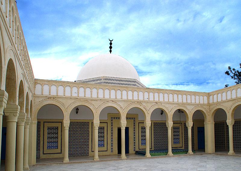 Mausolée Imam Mezri, Monastir, septembre 2013, 04.jpg