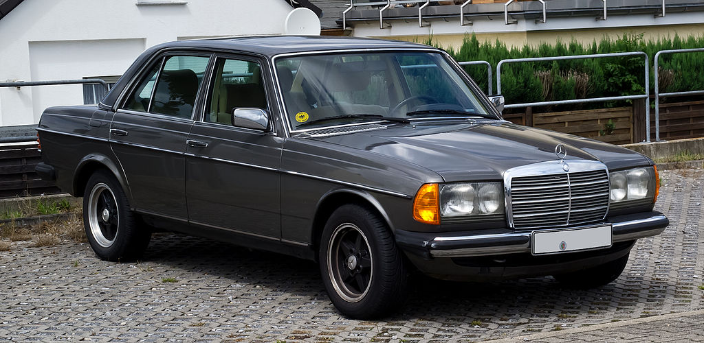 File mercedes benz 280 e w 123 facelift frontansicht for Mercedes benz types