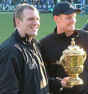 Mike Tindall - Mike Tindall with the Webb Ellis Cup