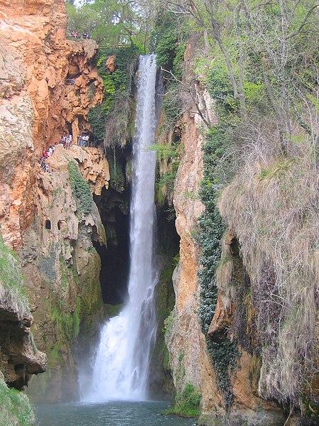 File:Monasterio de Piedra - Cola de Caballo.jpg