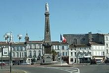 220px-Monument_aux_Morts_de_Rochefort