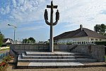Monument aux morts de Millières.jpg